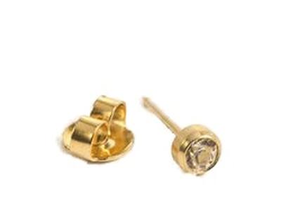 T16-0204 belőhető fülbevaló 3mm