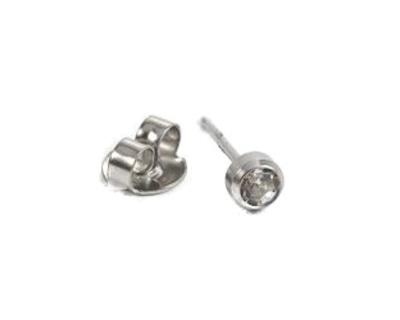 A14-3234 belőhető fülbevaló 3mm